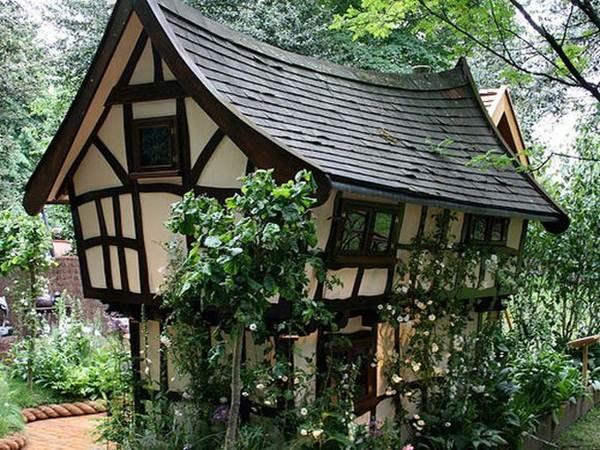 Excellent 30 Beautiful And Magical Fairy Tale Cottage Designs Designmaz Interior Design Ideas Oteneahmetsinanyavuzinfo