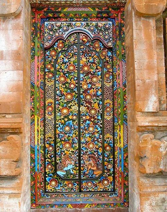Awesome Doors That Seem to Open to Magical World & Awesome Doors That Seem to Open Magical World